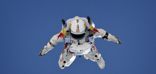 Felix_Baumgartner_in_free_fall,_by_Luke_Aikins_(Red_Bull_Stratos_project,_Red_Bull_Content_Pool